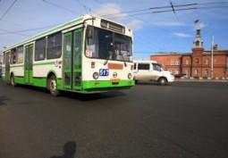 В Омске украинские беженцы смог ездить на автобусах бесплатно